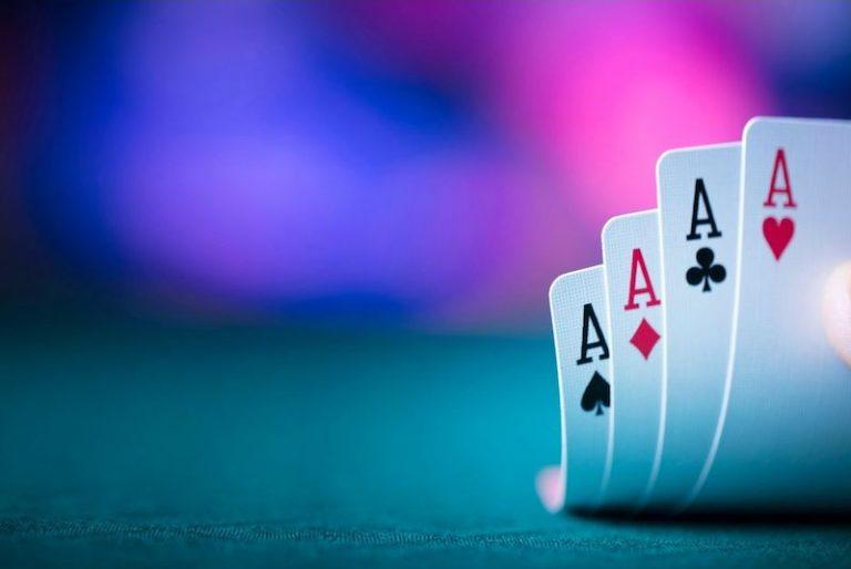 Using poker for strategy in field hockey